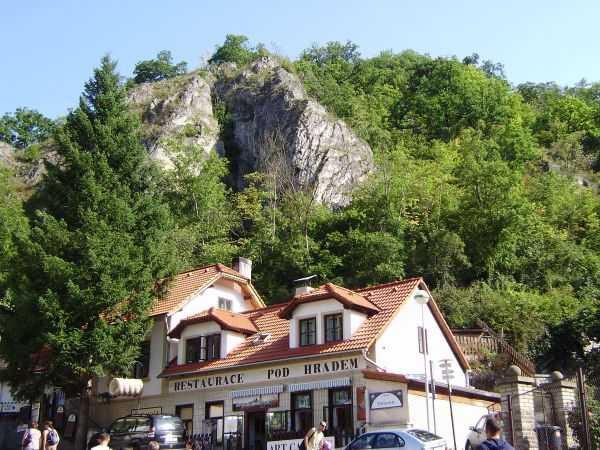 Карлштейн - средневековый замок в Чехии