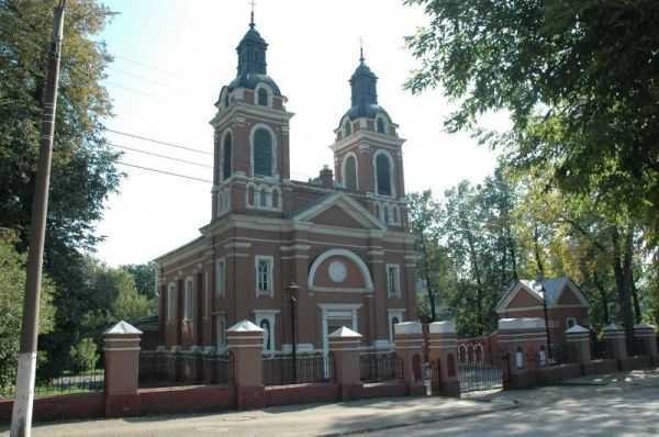 aleksandrovskij-kostel