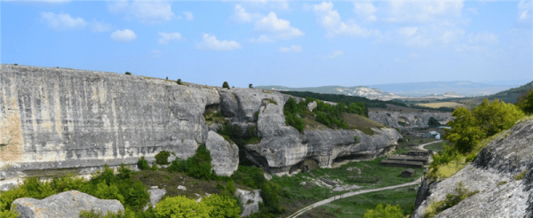 крым пещерный город