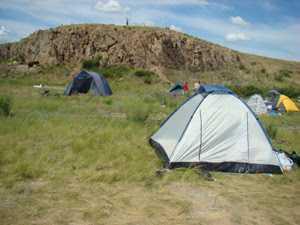 палаточный городок у Аркаима