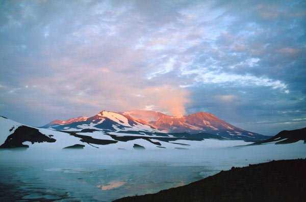 Курилы вулкан