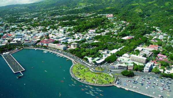 Город Папаэтте на Таити