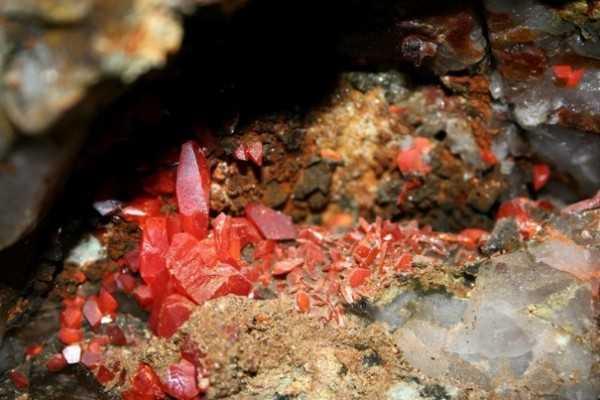 первый в мире подземный минералогический музей