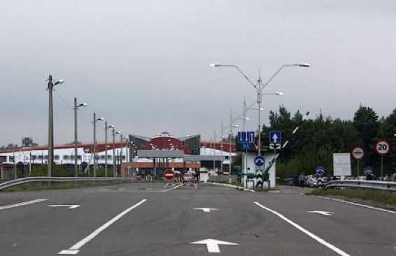 Трасса М1 Москва Брест. Пограничный переход Домачево