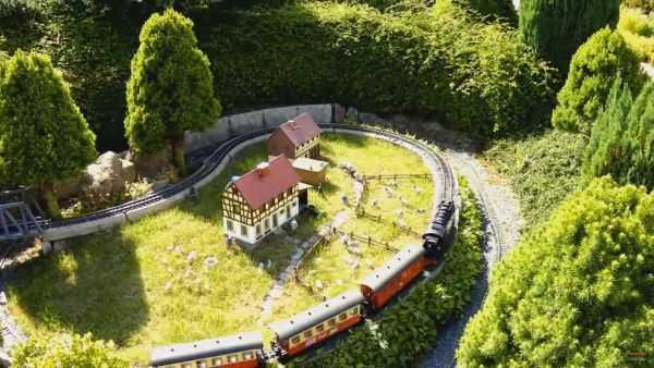 Германия. Миниатюрная железная дорога в Rathen