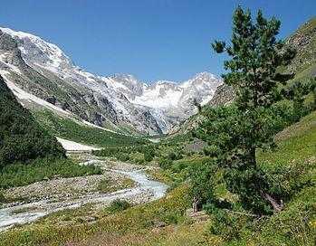 Дигорское ущелье в Северной Осетии