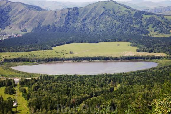 озеро Манжерокское с канатной дороги