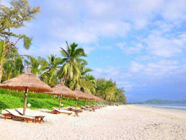 Белоснежный пляж Doclet Beach, Нячанг, Вьентам