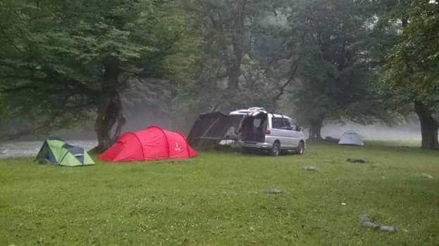 По Грузии в палатках