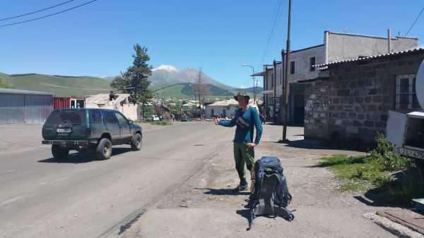 Напали собаки в Грузии и ограбили в Румынии. Путь домой.