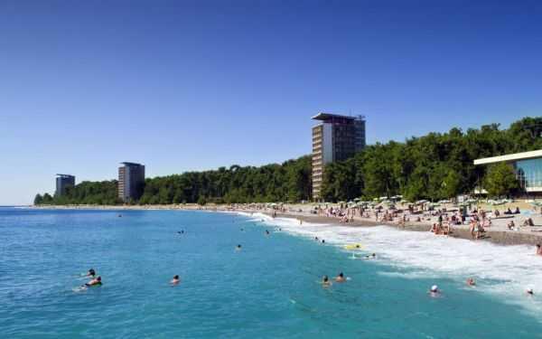 Отдых в Пицунде: достопримечательности, пляжи, рынки