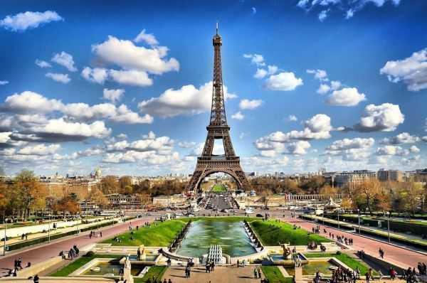 Пересадка в Париже. Что посетить в Париже необычное