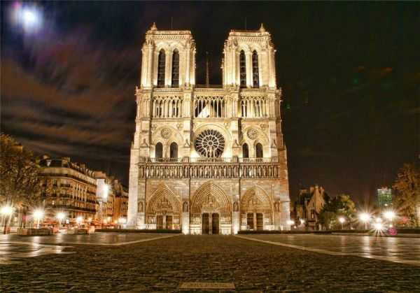 Ночью по Парижу
