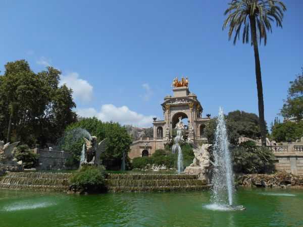 Парки и уголки прекрасной Барселоны