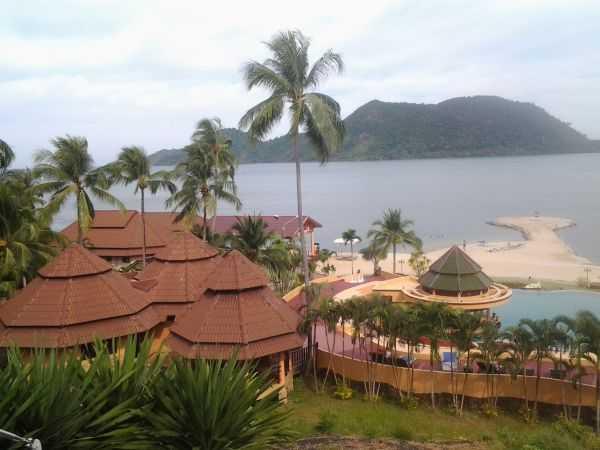 Остров Ко Чанг. Остов холмов, спелых фруктов, закатов и слонов