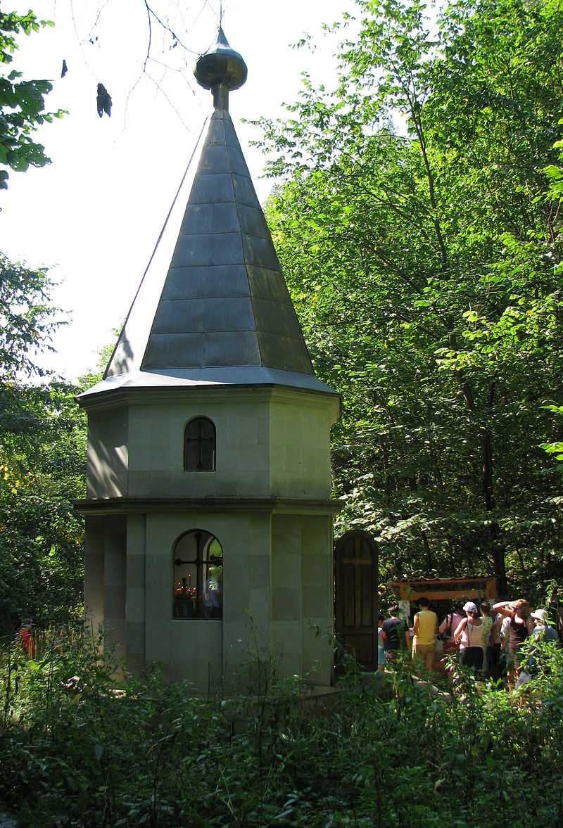 Открыт новый путь к Святому источнику «Каменная Чаша» в Ширяево