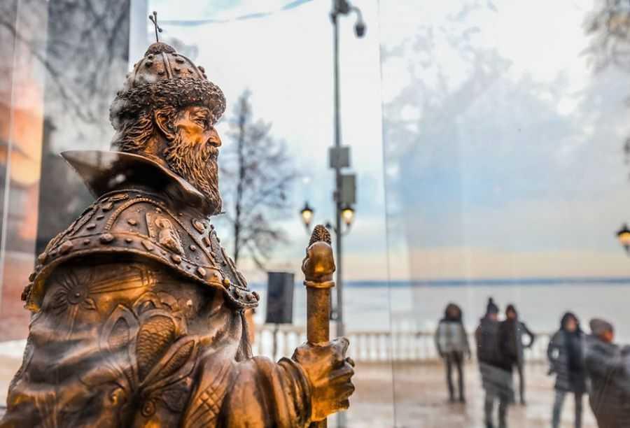 В Чебоксарах открыли первый экспонат музея под открытым небом – скульптуру Ивану Грозному