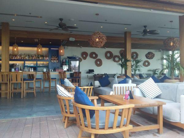 бар в Дубае
