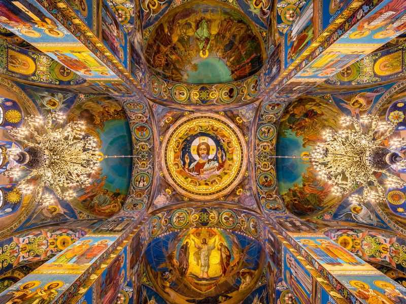 Спас наКрови: экскурсия в один из главных храмов Санкт-Петербурга