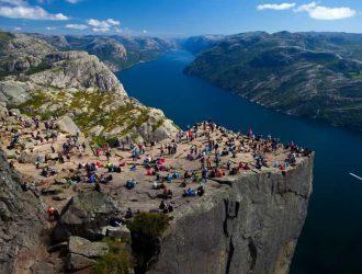 Прекестулене (Кафедра Рок) в Норвегии. Маршрут наверх